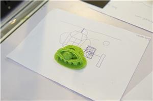 3D打印機將小朋友充滿創意的想法製作成看得見的製成品。
